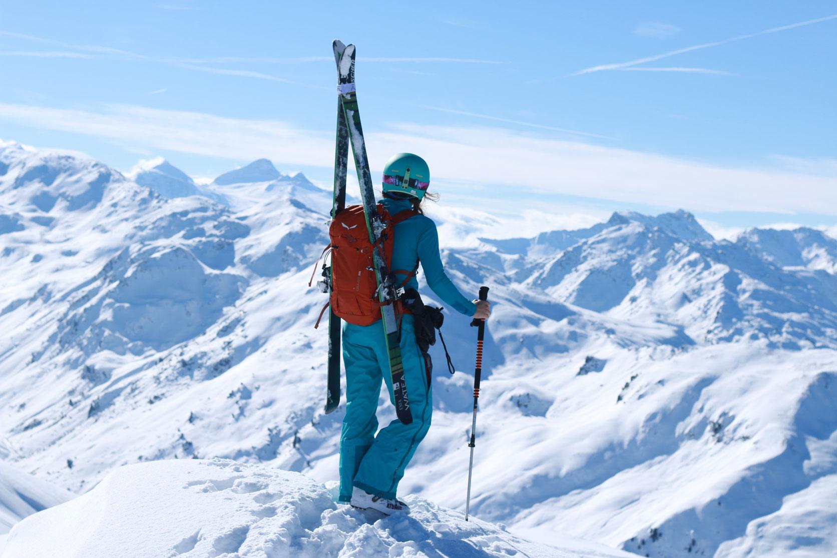 munichmountaingirls-ronja-haberfelner-ausblick-weitblick-gilfert-skitour-freeriden