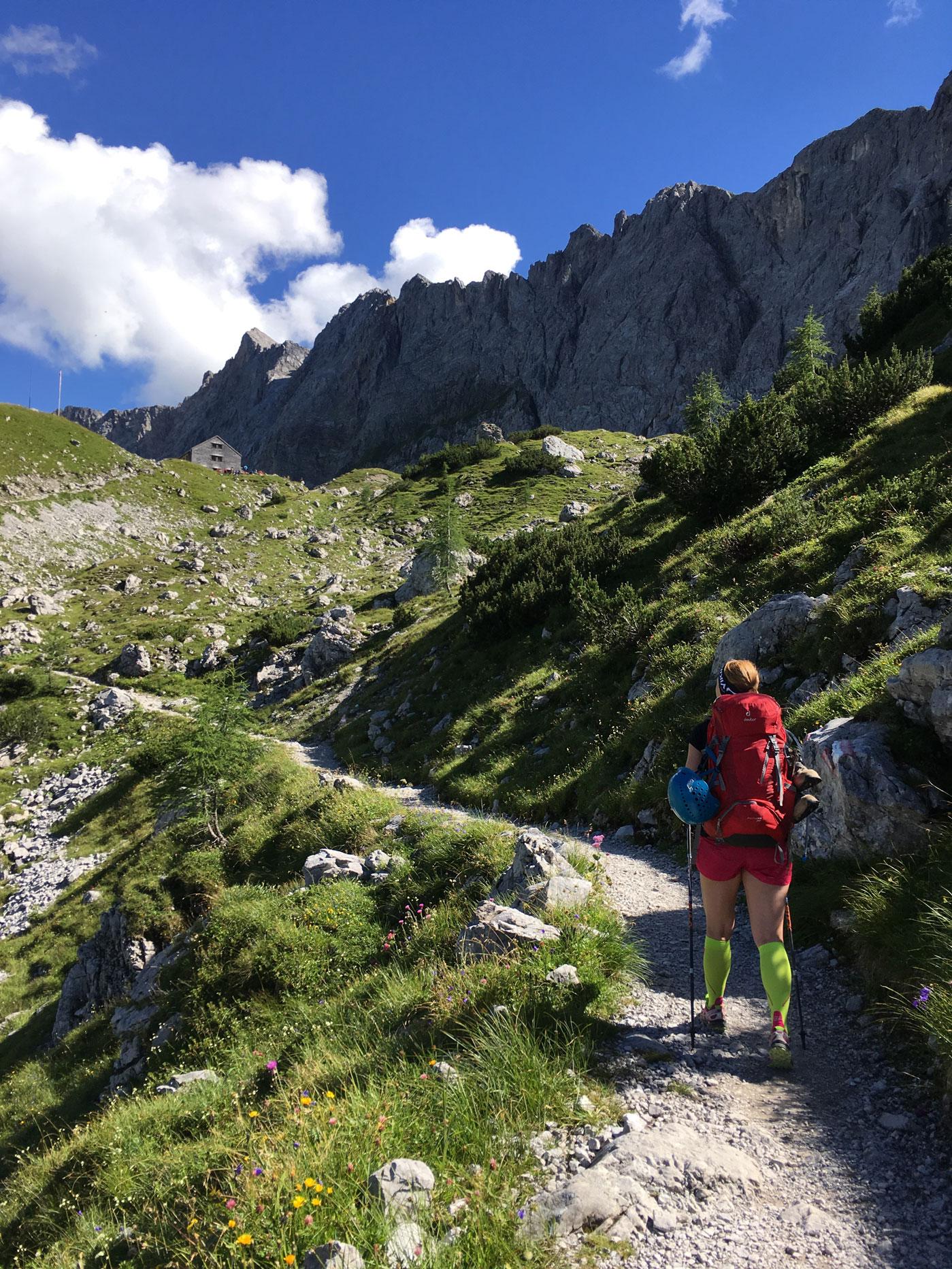 munichmountaingirls-bergblog-muenchen-julia-eisenhardt-wandern-karwendel-Lamsenjochhuette