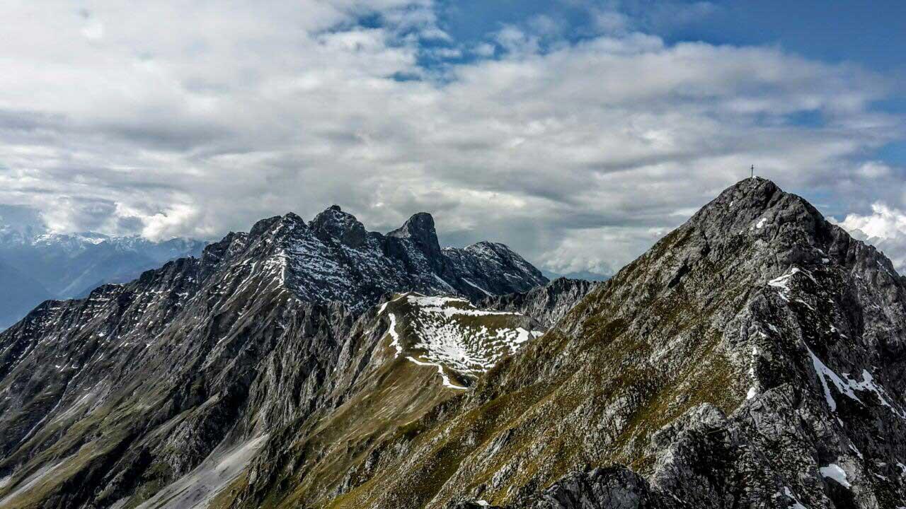 innsbrucker-panorama-klettersteig-munichmountaingirls-tourenbericht-aufstieg-aussicht