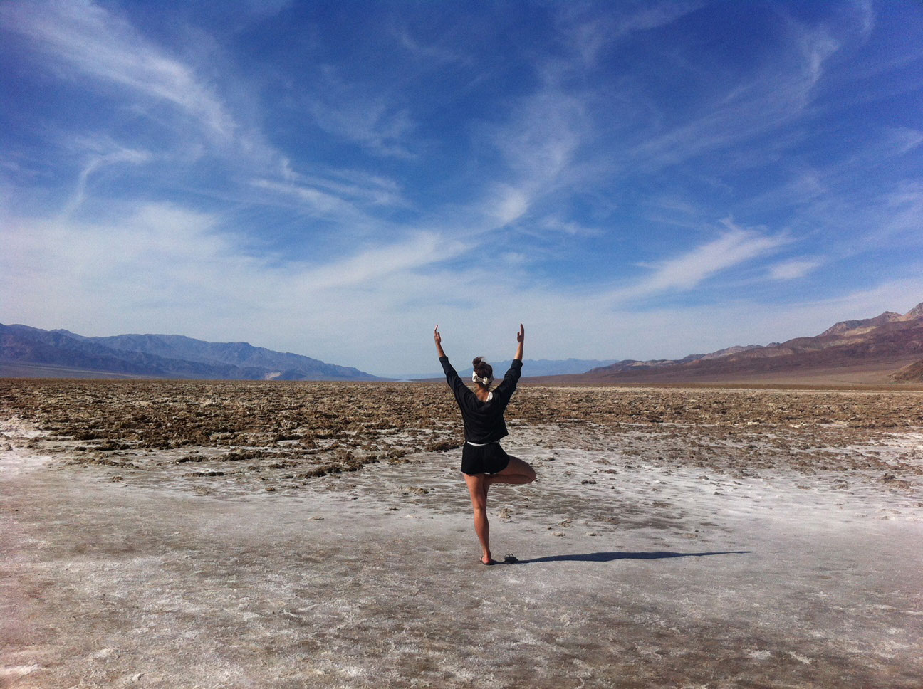 sandra-neumann-munichmountaingirls-Death-Valley-California
