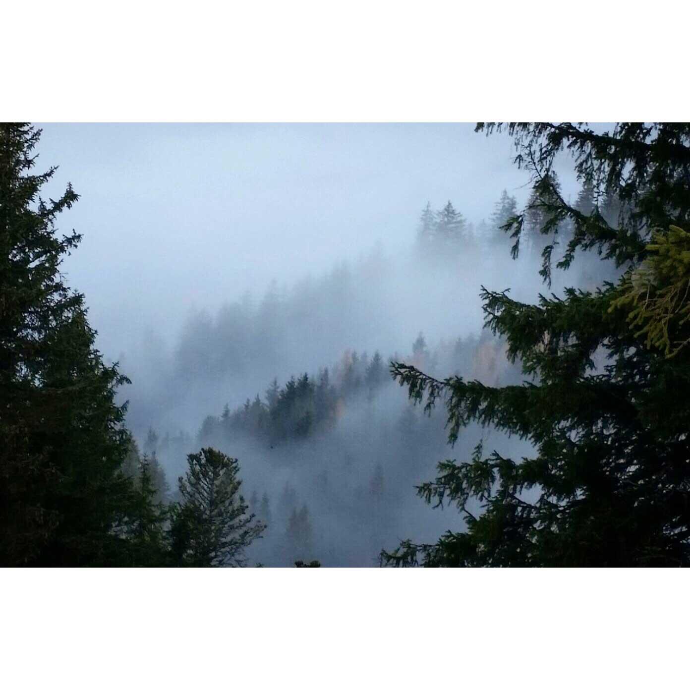 marta-sobczyszyn-geigelstein-nebel-munichmountaingirls