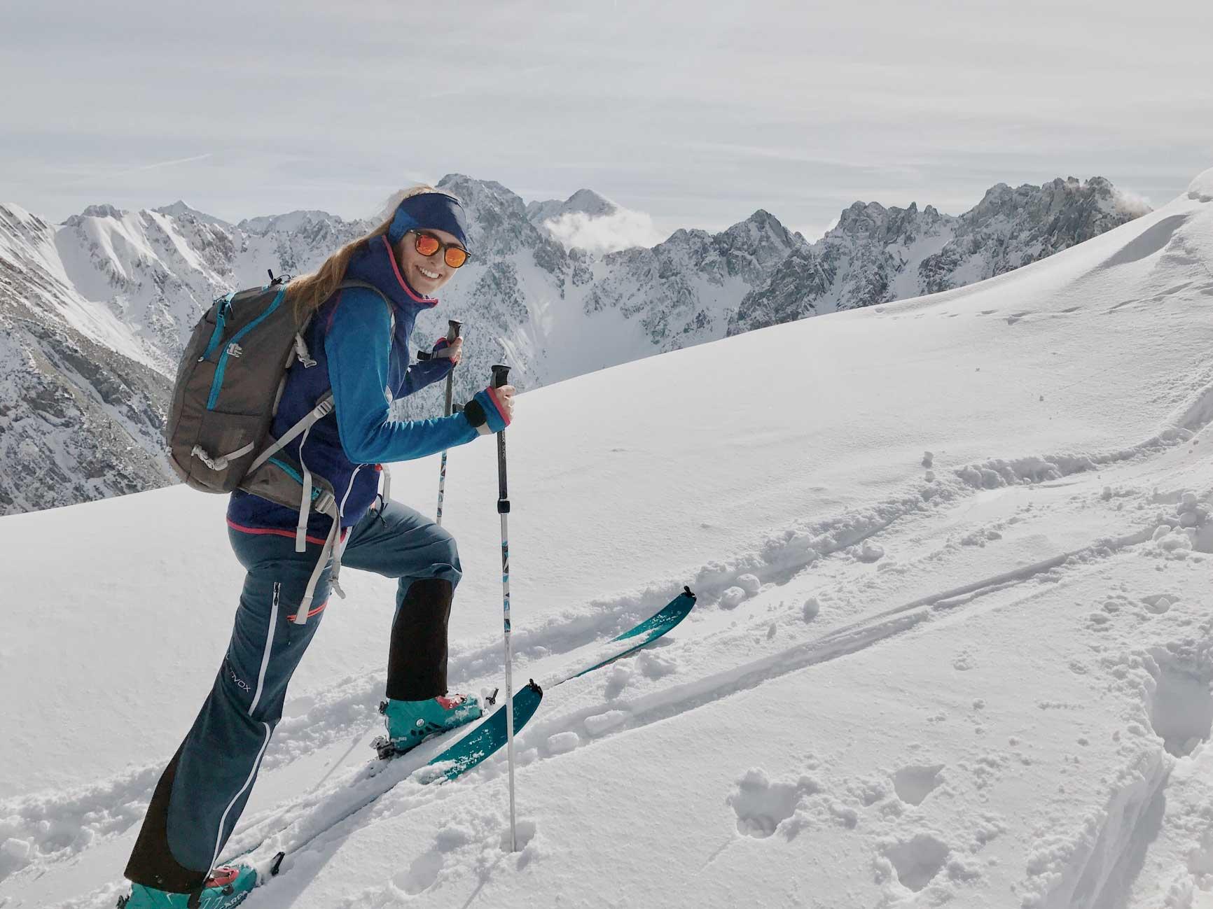 Packliste-Skitouren-mitnehmen-munichmountaingirls