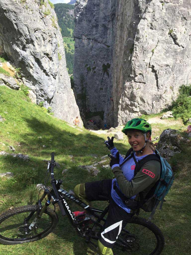 Biken-Dolomiten-Ada-Jaszczynska-munichmountaingirls