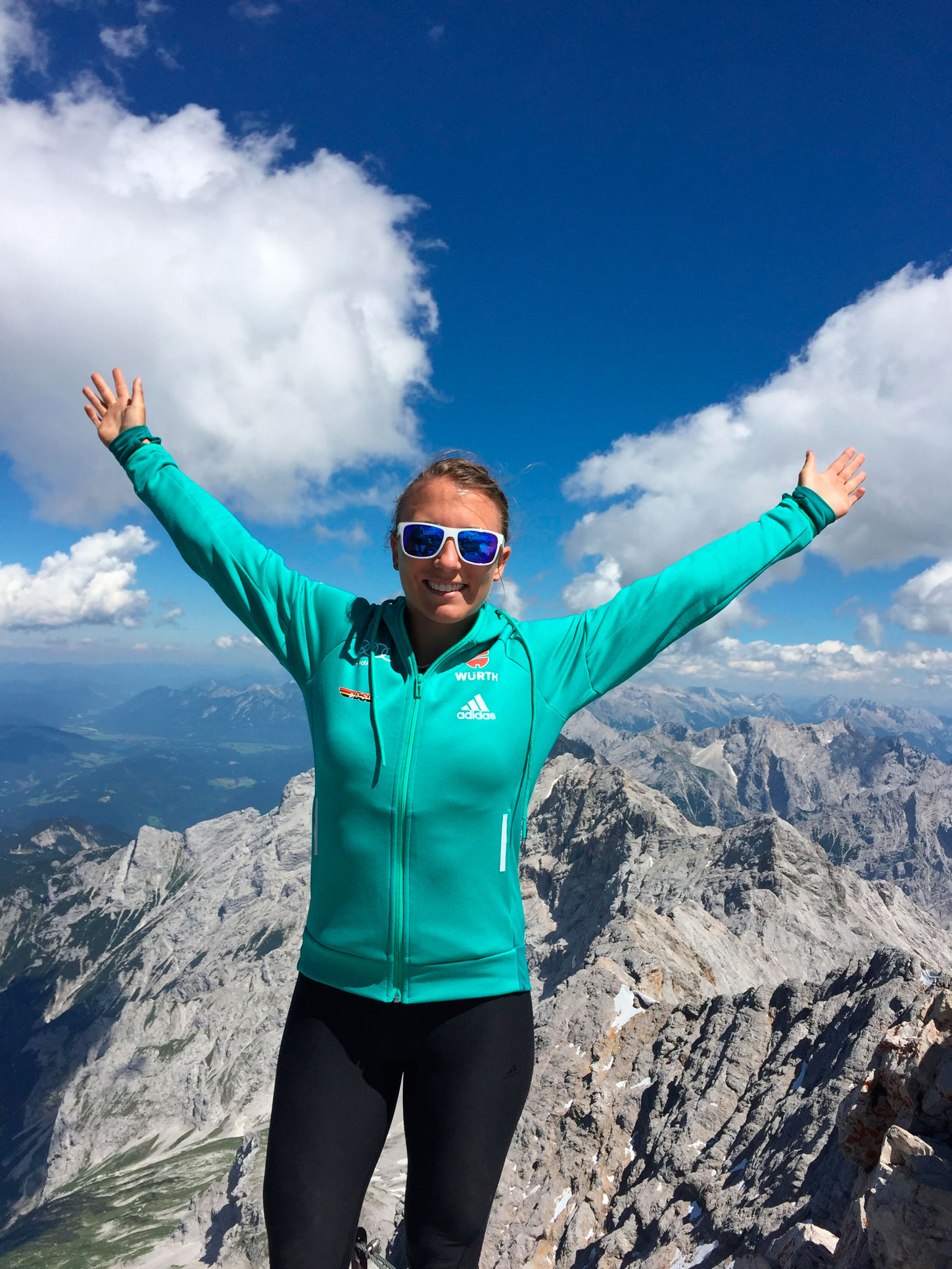 Wandern-Zugspitze-Bayern-Katharina-Tordi-munichmountaingirls