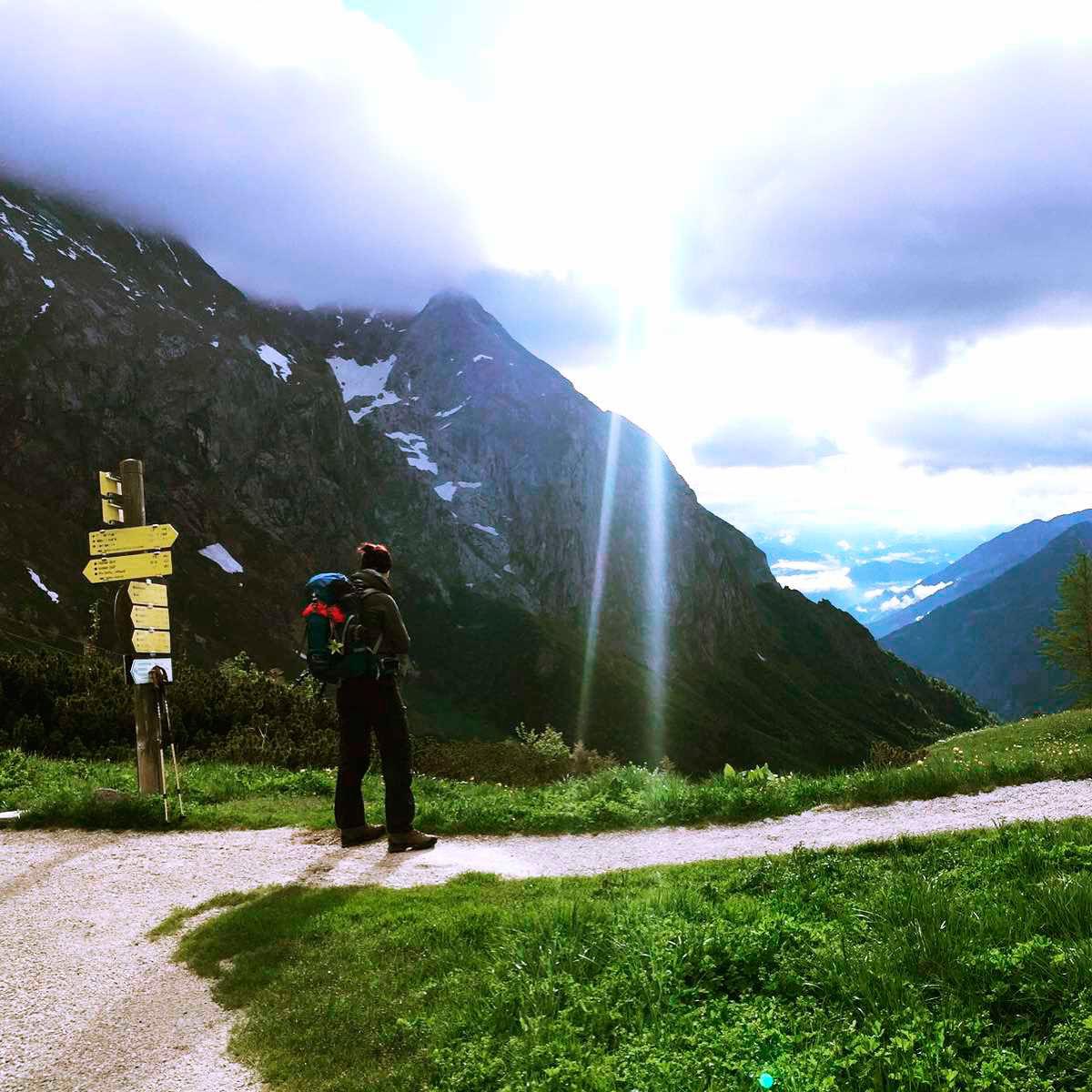 bea-froehlich-Carl-von-Stahl-Haus_Richtung_Schneibstein_Berchtesgaden-wandern-wandertour