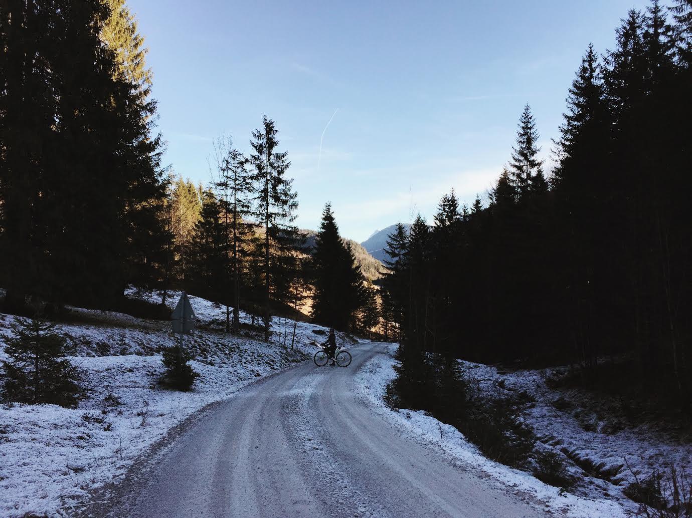 franziska-egger-abfahrt-sylvensteinsee-munichmountaingirls