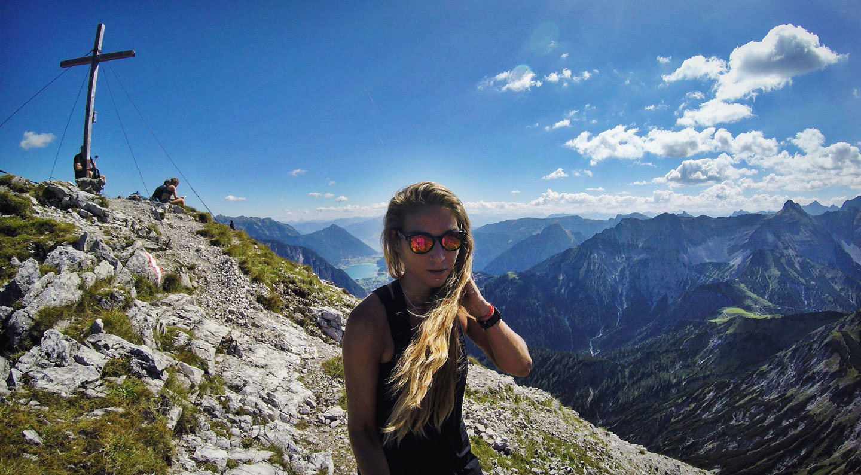 roxane-hillebrand-montscheinspitze-wandertour-achensee-munichmountaingirls