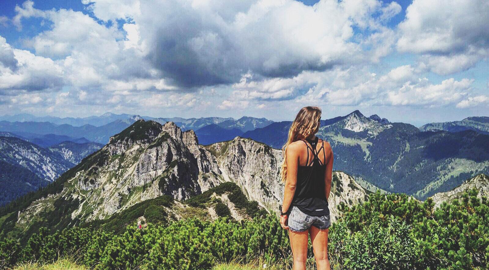 roxane-hillebrand-schinder-bergtour-wandertour-munichmountaingirls