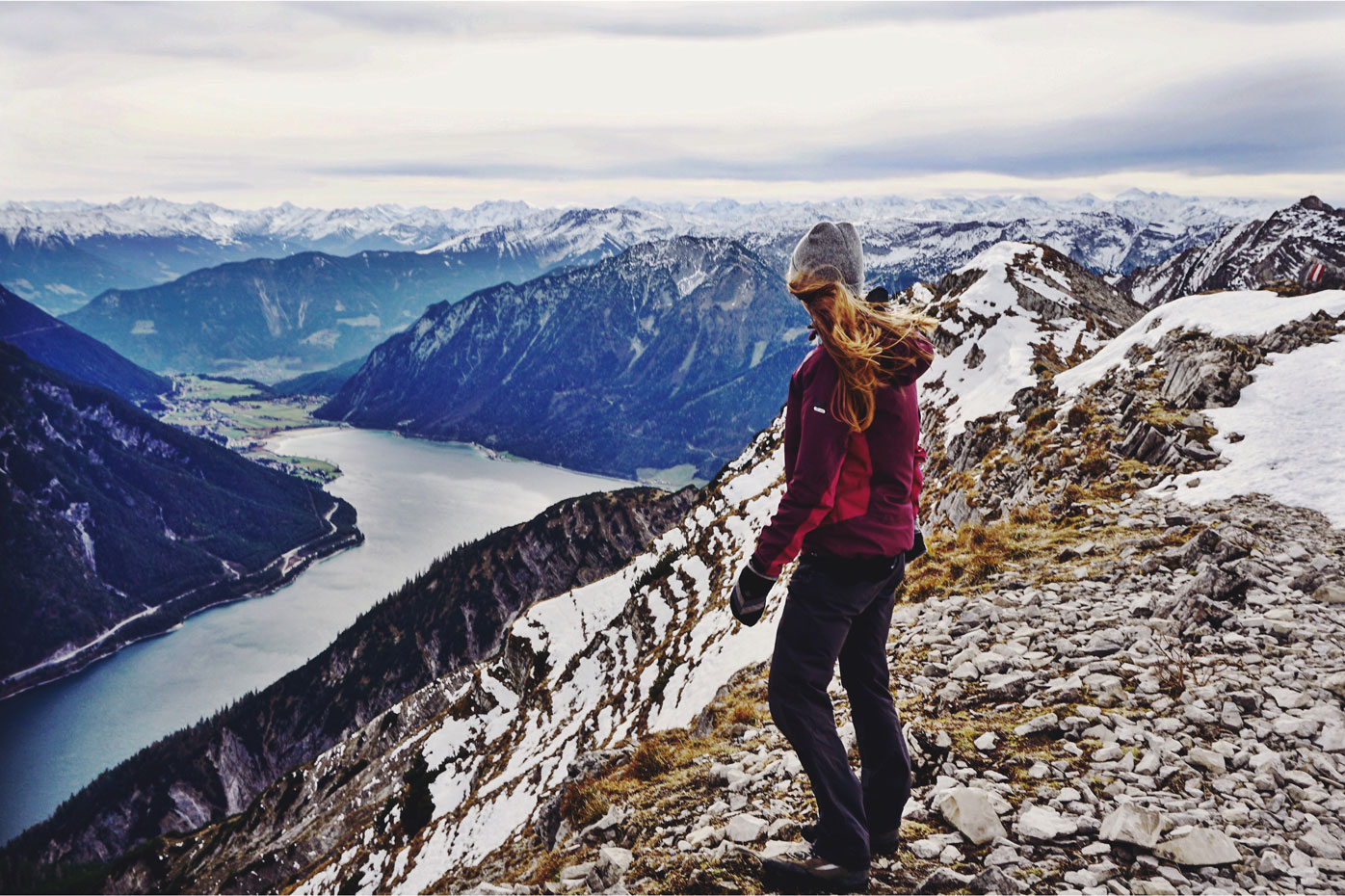 roxane-hillebrand-seekarspitze-wandertour-achensee-munichmountaingirls