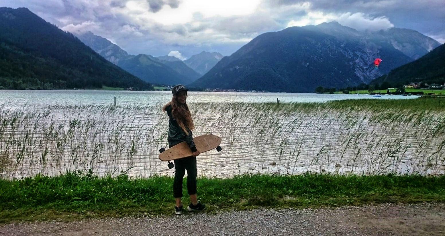 Marlene-Vey-munichmountaingirls-Achensee-Skateboard
