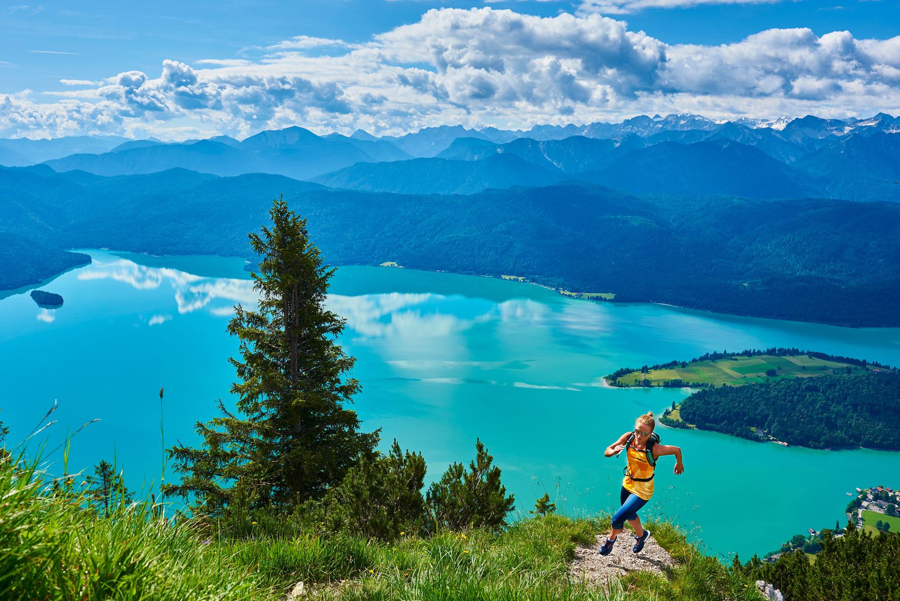 Michael_Reusse_Herzogstand_munichmountaingirls-trailrunning_Running_Caja-Schoepf