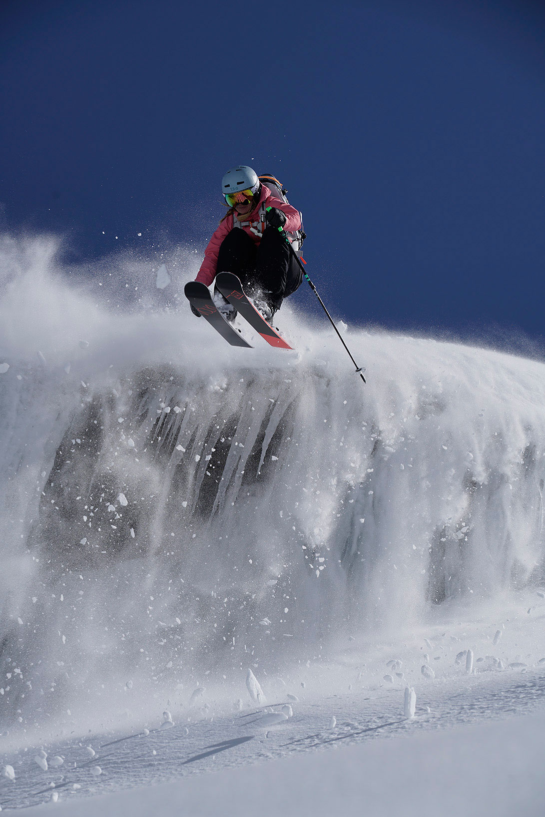 caja-schoepf-munichmountaingirls-Kitzsteinhorn-freeriden-skifahren-offpiste-adidas