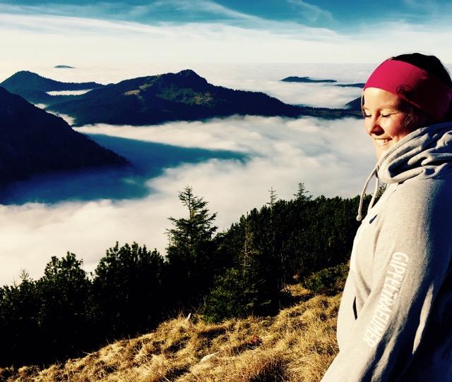 sandra-zeller-munichmountaingirls-hirschberg-wandern-november