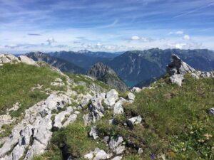 sandra-zeller-munichmountaingirls-wandertour-rappenspitze-achensee-karwendel-sicht