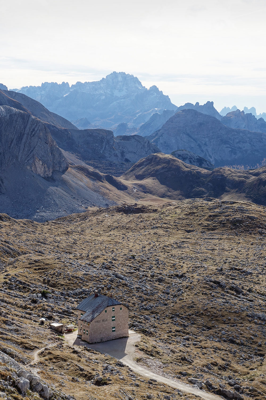 wildandfit-pragser-wildsee-bruneck-sexten-italien-seekofel-huette-wandertour