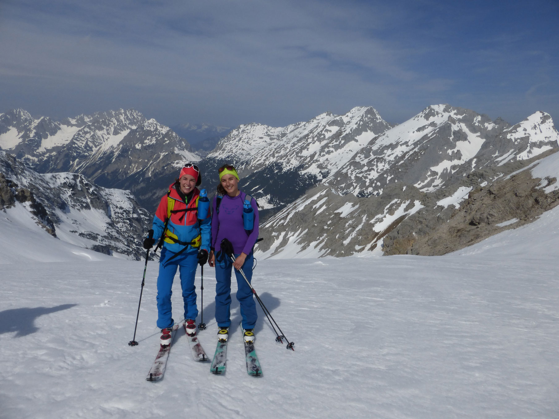 Skitouren Bayern johanna-swatosch-munichmountaingirls-Birkkarspitze-karwendel-skitour-ski