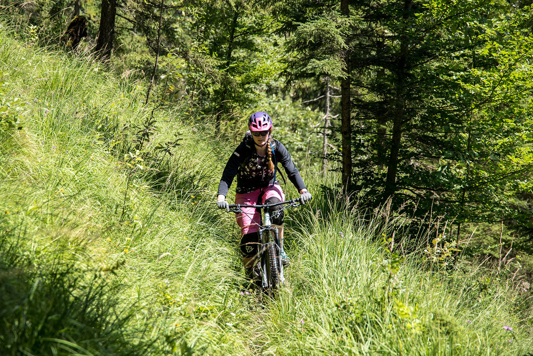 lisa-amenda-munichmountaingirls-Mountainbiken-mtb-women-Tassilo-Pritzl