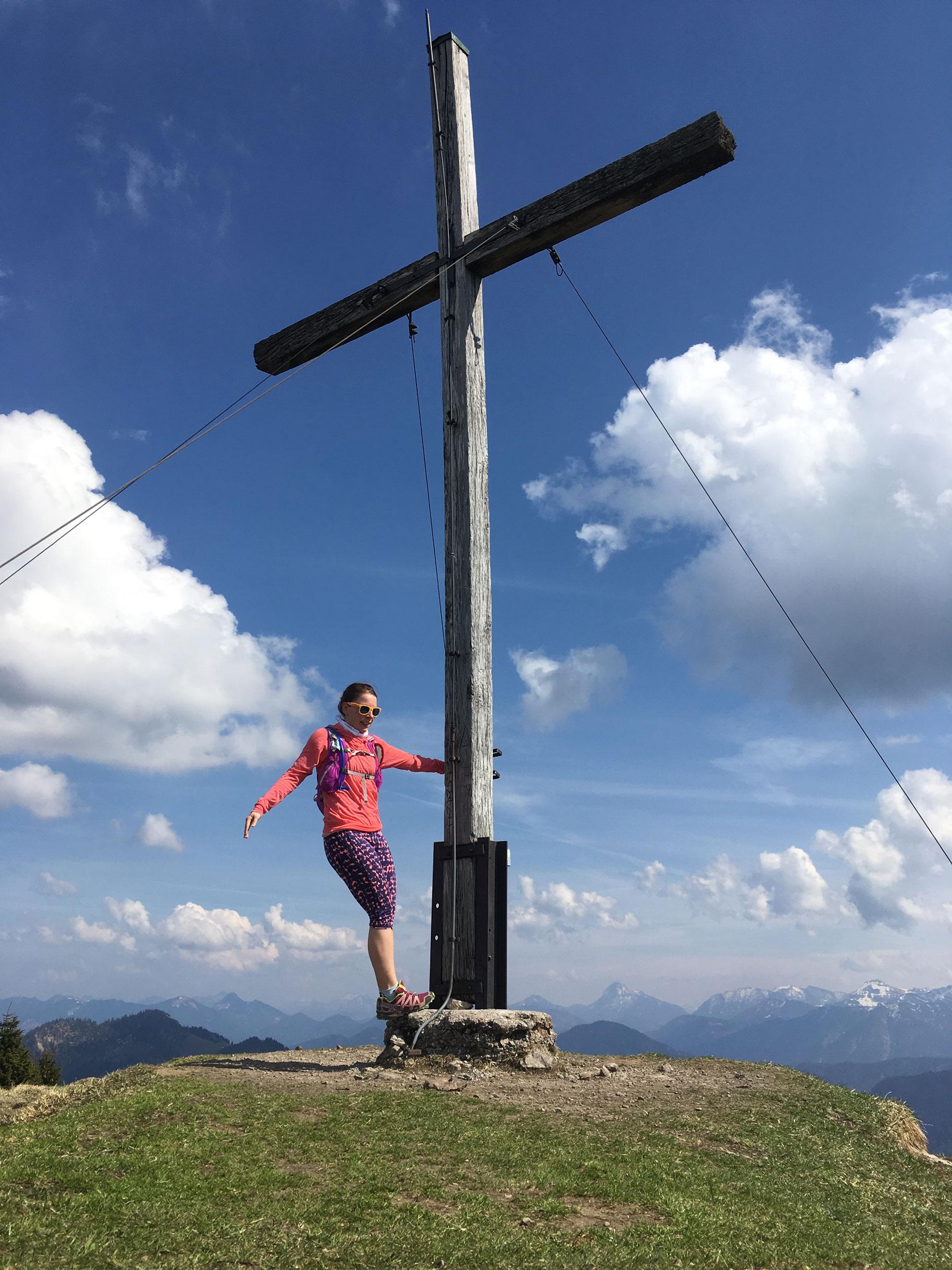munichmountaingirls-bergblog-muenchen-julia-eisenhardt-wandern-berg-gipfel-Hirschhoernlkopf