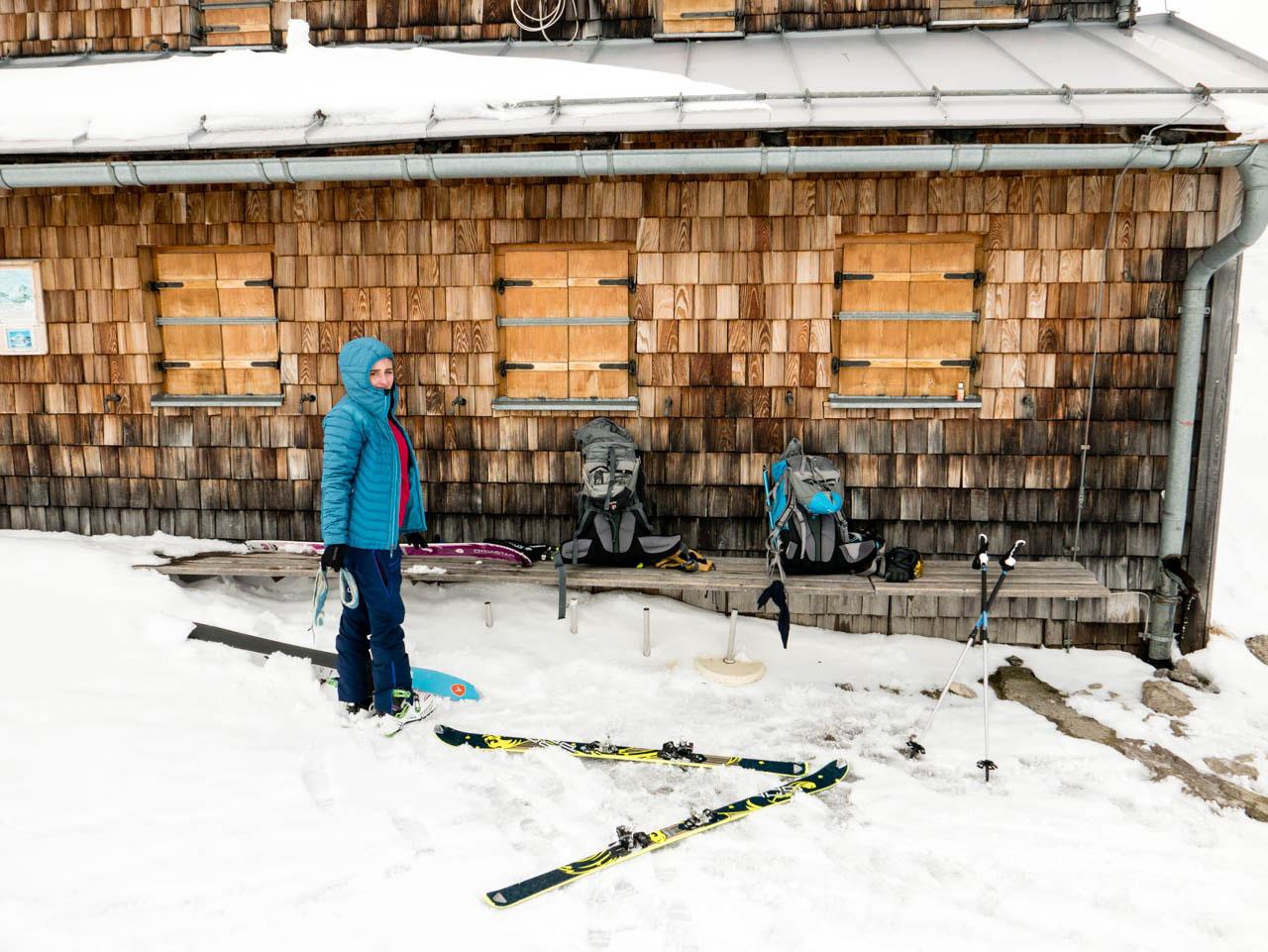 anja-woertge-mountainista-munichmountaingirls-berg-blog-muenchen-Skitour-zur-Coburger-Huette-seebensee