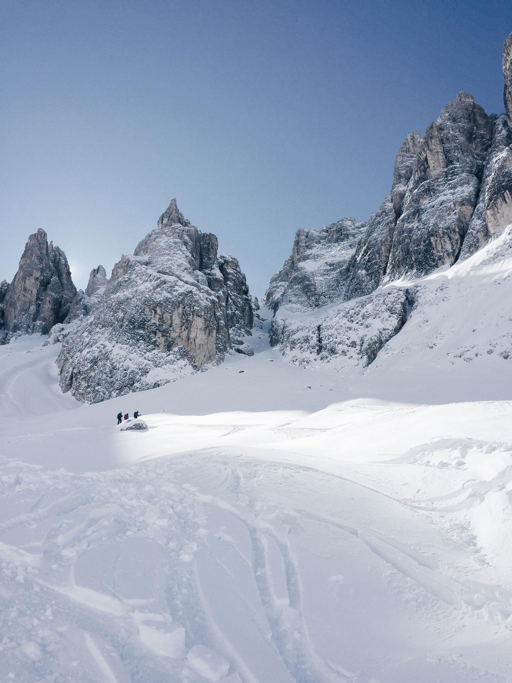 munichmountaingirls-bellaontour-isabella-lang-abfahrt-ski-forcella-della-Neve-suedtirol_3