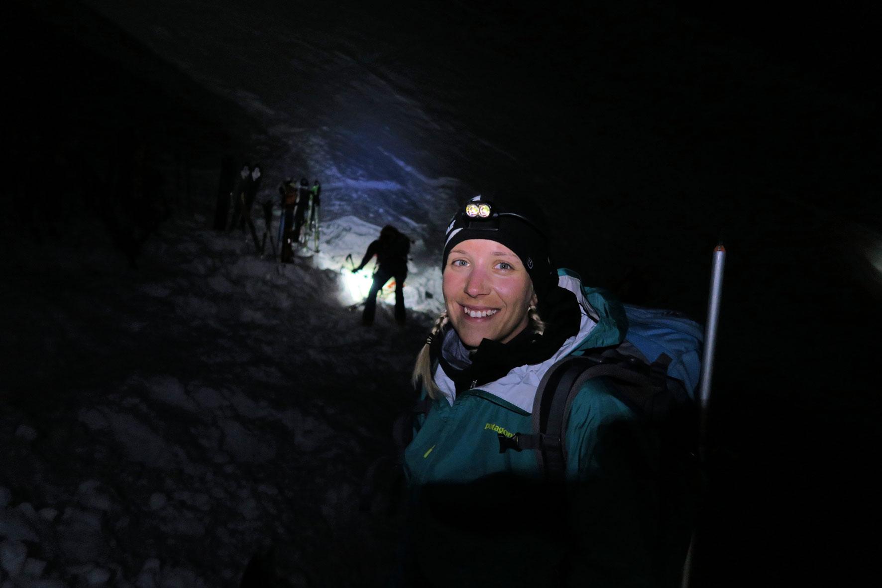 munichmountaingirls-melanie-brem-Start-beim-Aufstieg-zum-Mont-Blanc
