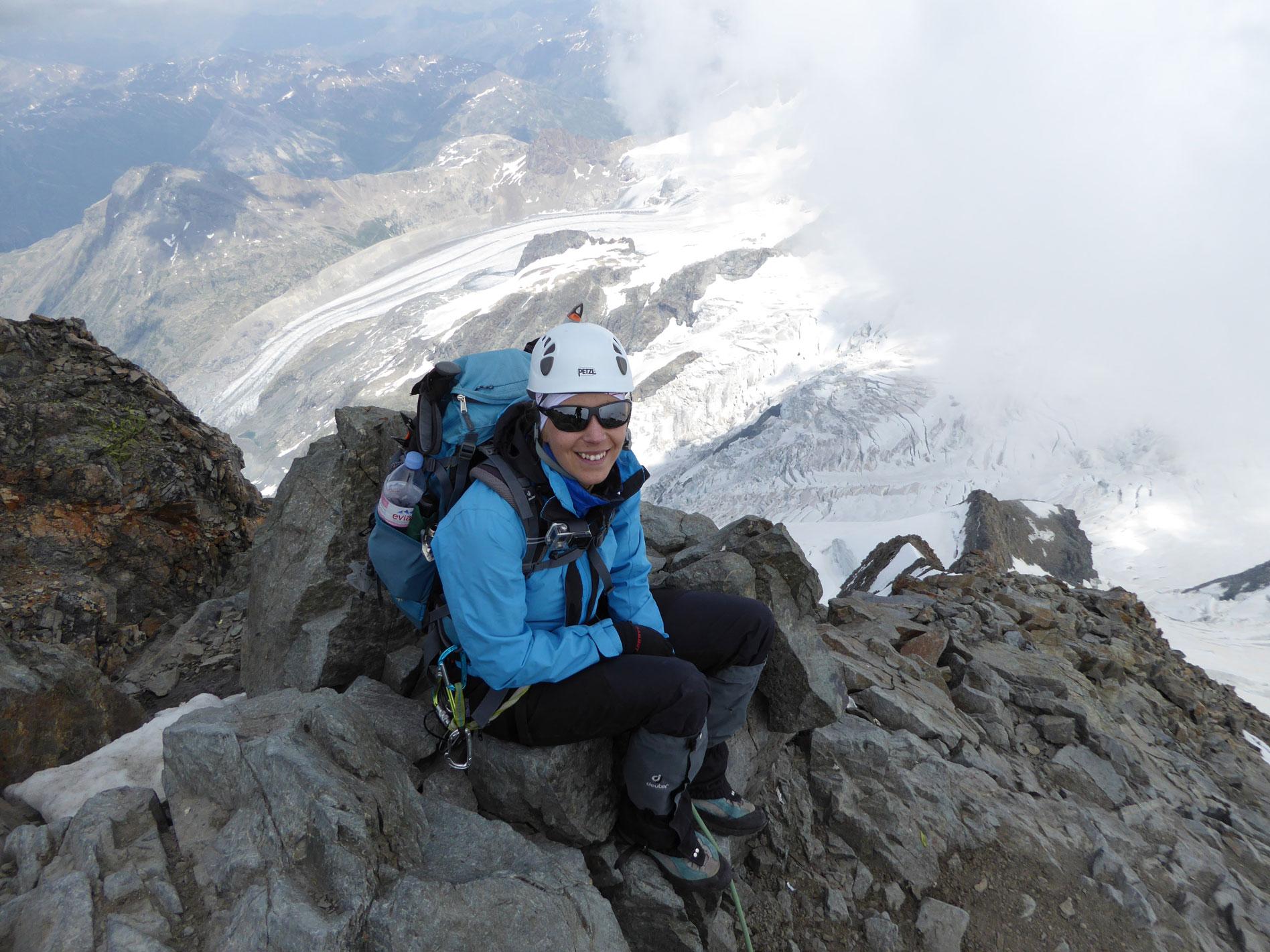 munichmountaingirls-melanie-brem-bergsteigen-hochtour-erster-4000er-piz-bernina