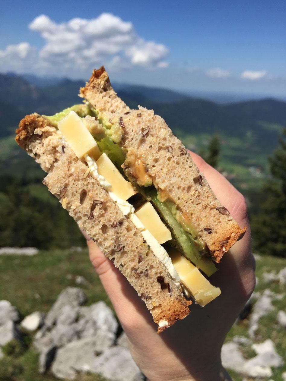 munichmountaingirls-lieberdraussen-bergblog-frauen-berge-brotzeit