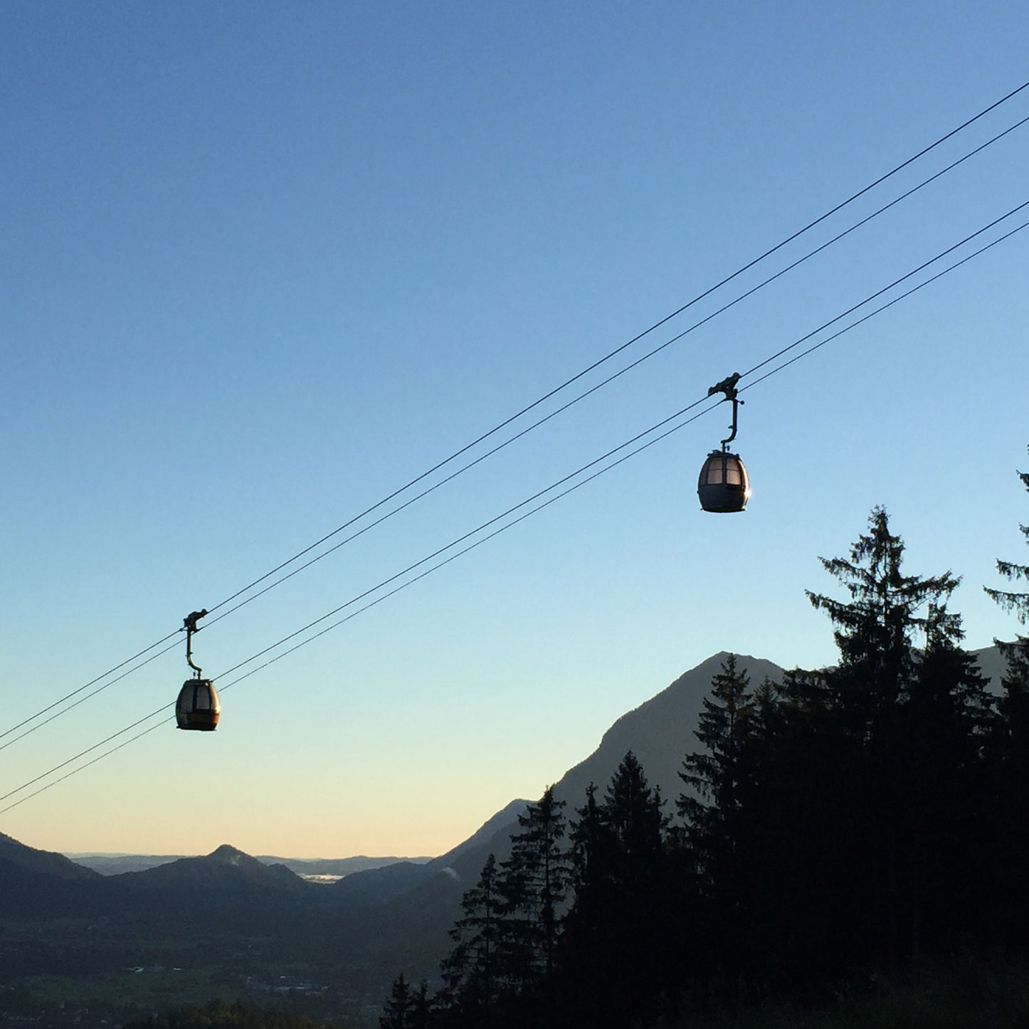 munichmountaingirls-lieber-draussen-bergblog-frauen-berge-gondel-alpspitze