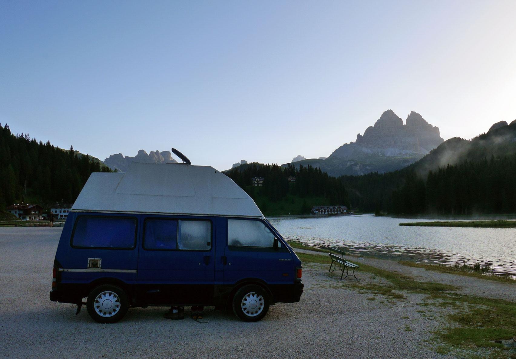 munichmountaingirls-philine-lietzmann-campingbus-schnecki