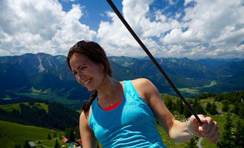 kristina-aulbach-munich-mountain-girls-wandern-Breitenstein-Gipfel