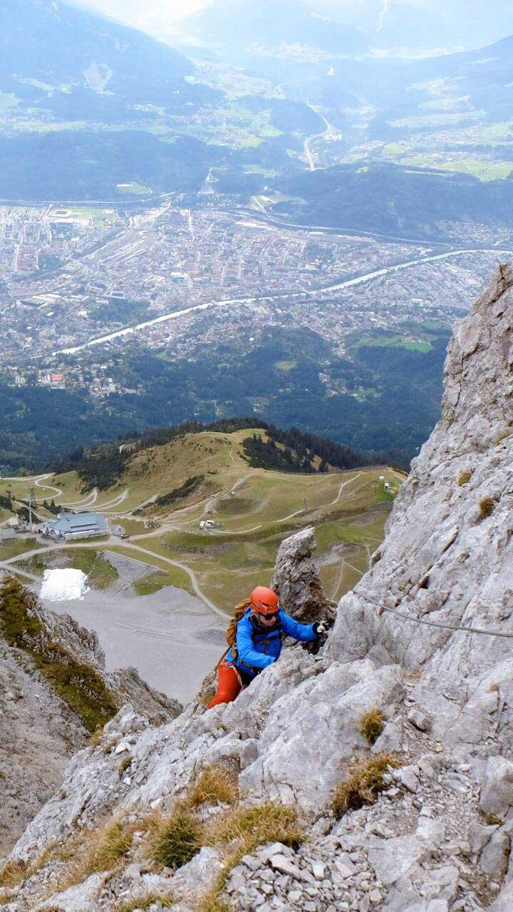 munichmountaingirls-katharina-marlene-innsbruck-nordkette-klettern-steig