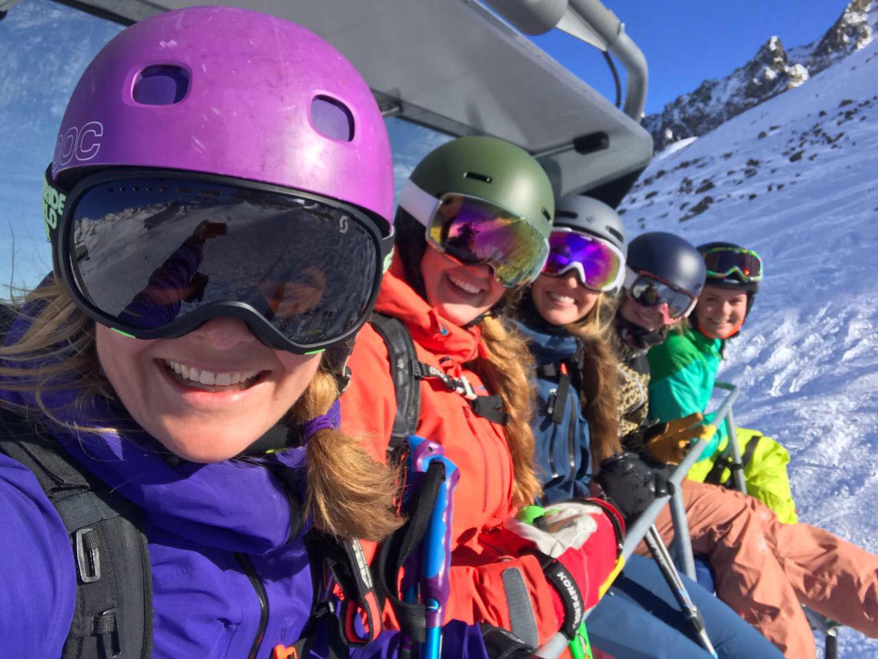 munich-mountain-girls-skifahren-flixbus-3-flixaufdiepiste-stubaier-gletscher