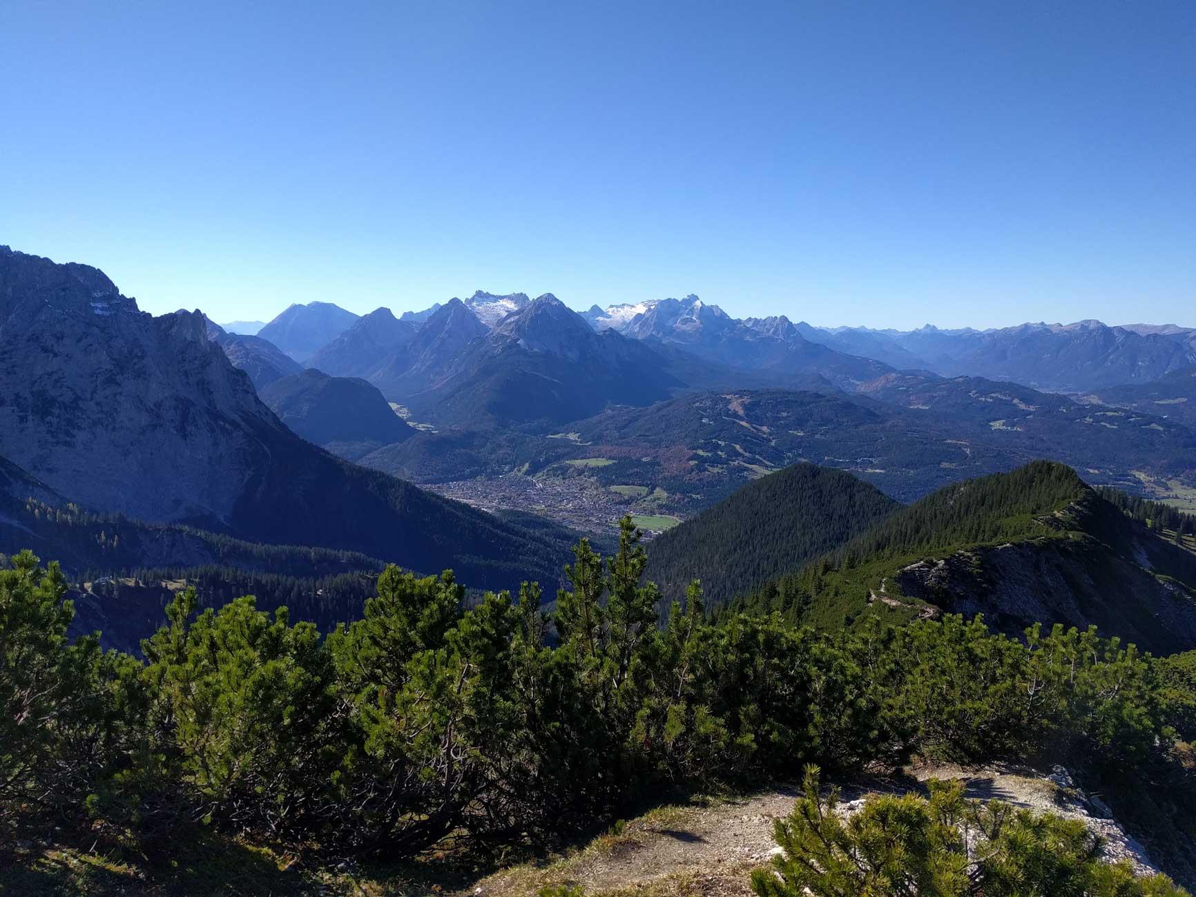 munichmountaingirls-bergblog-frauen-nina-schwind-wandern-woernersattel-mittenwald