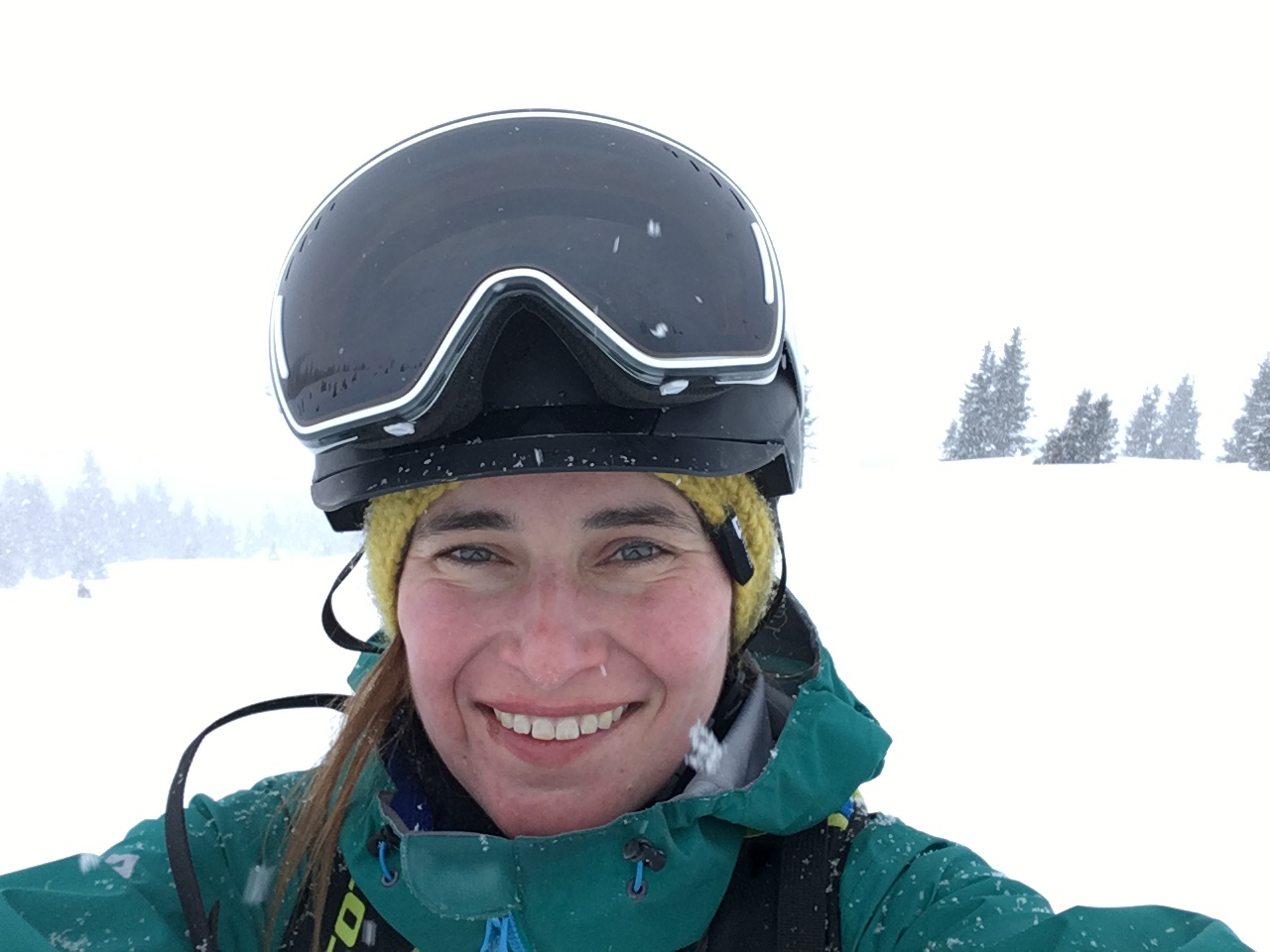 sandra-neumann-munichmountaingirls-skifahren-Powder-Day-Saalbach-Hinterglemm
