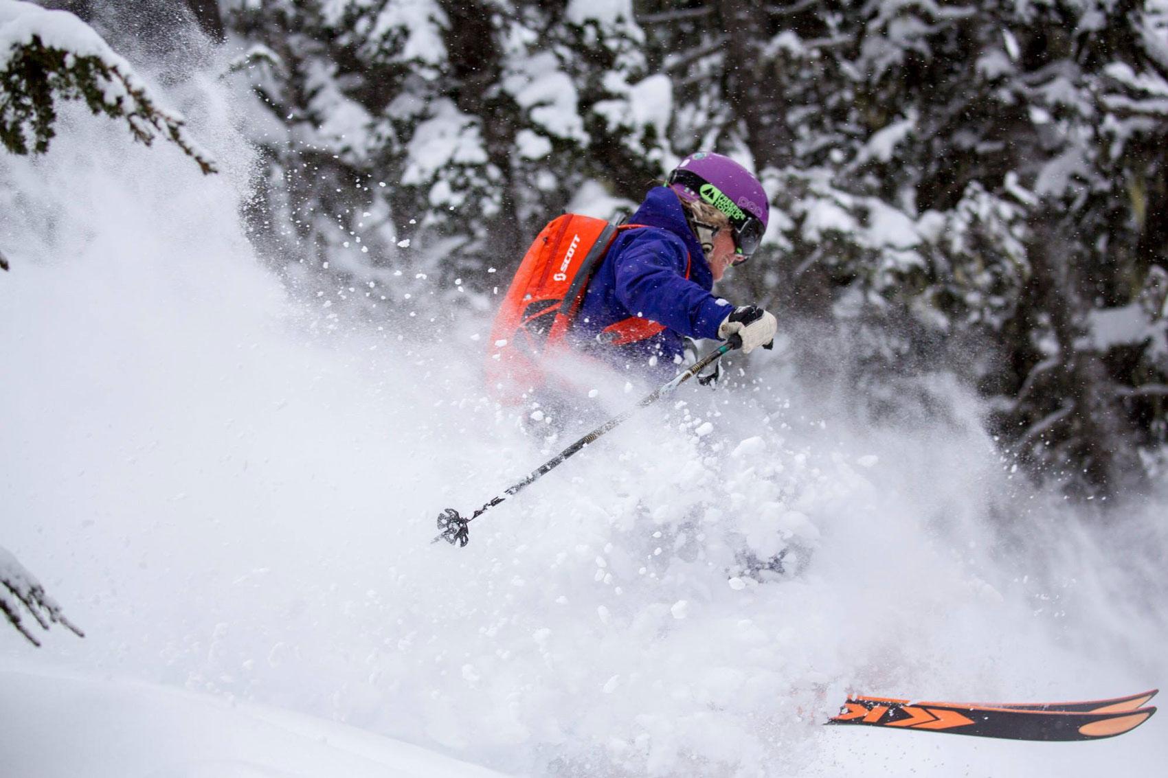 packliste-skifahren-munichmountaingirls-katharina-kestler-freeriden