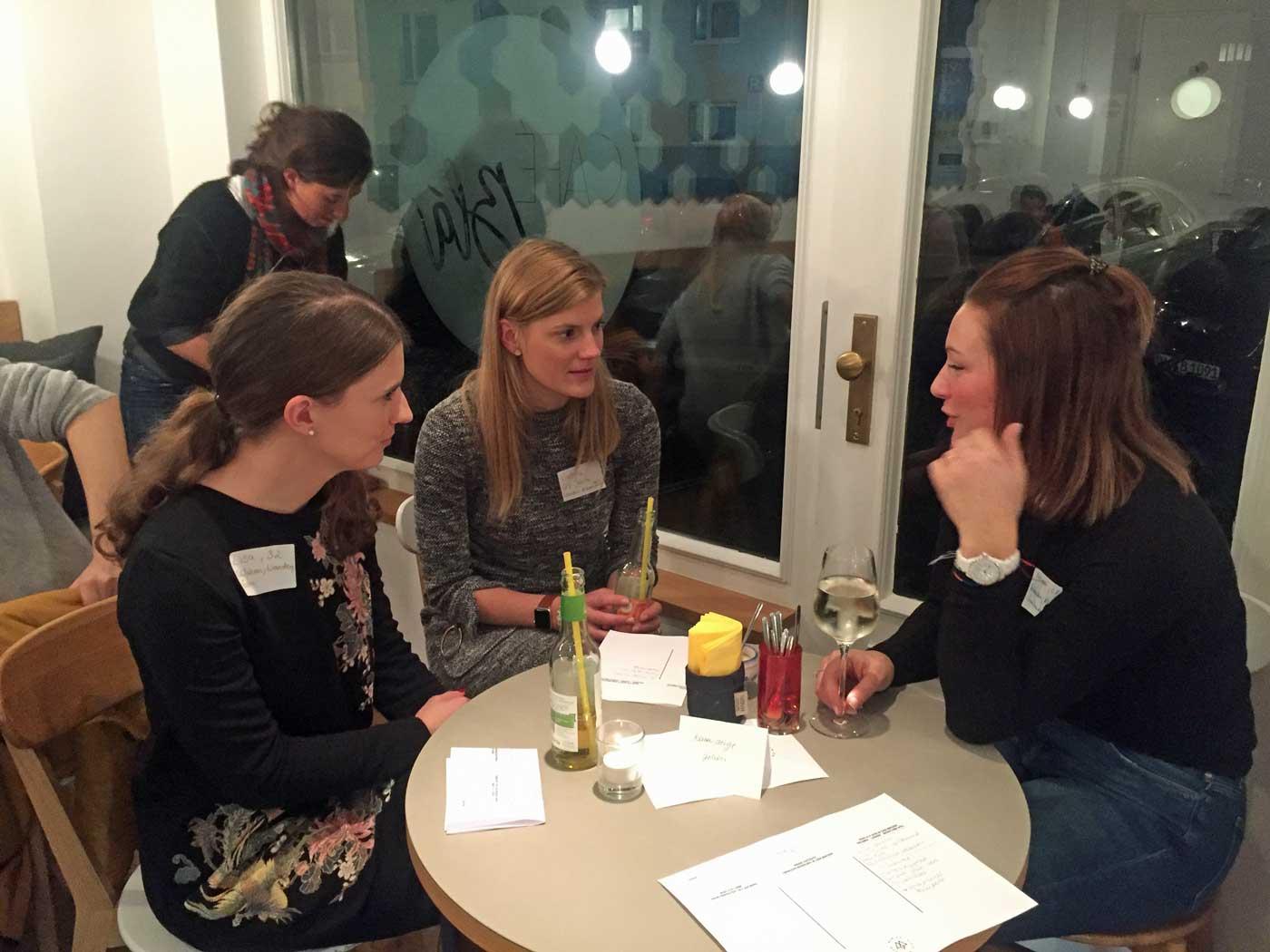 3-friends-stammtisch-munichmountaingirls-16-01-2018