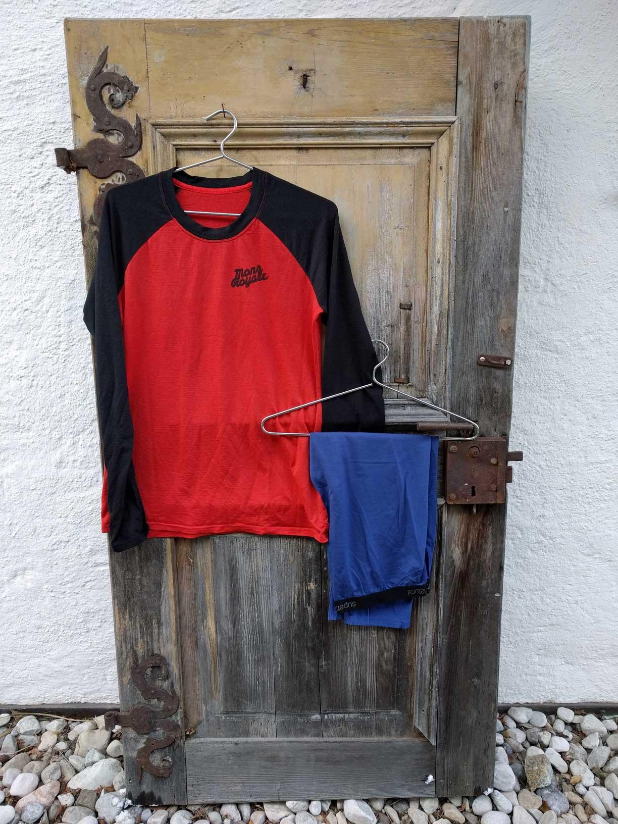 Pflege-Outdoor-Bekleidung-merino-baselayer-Munichmountaingirls