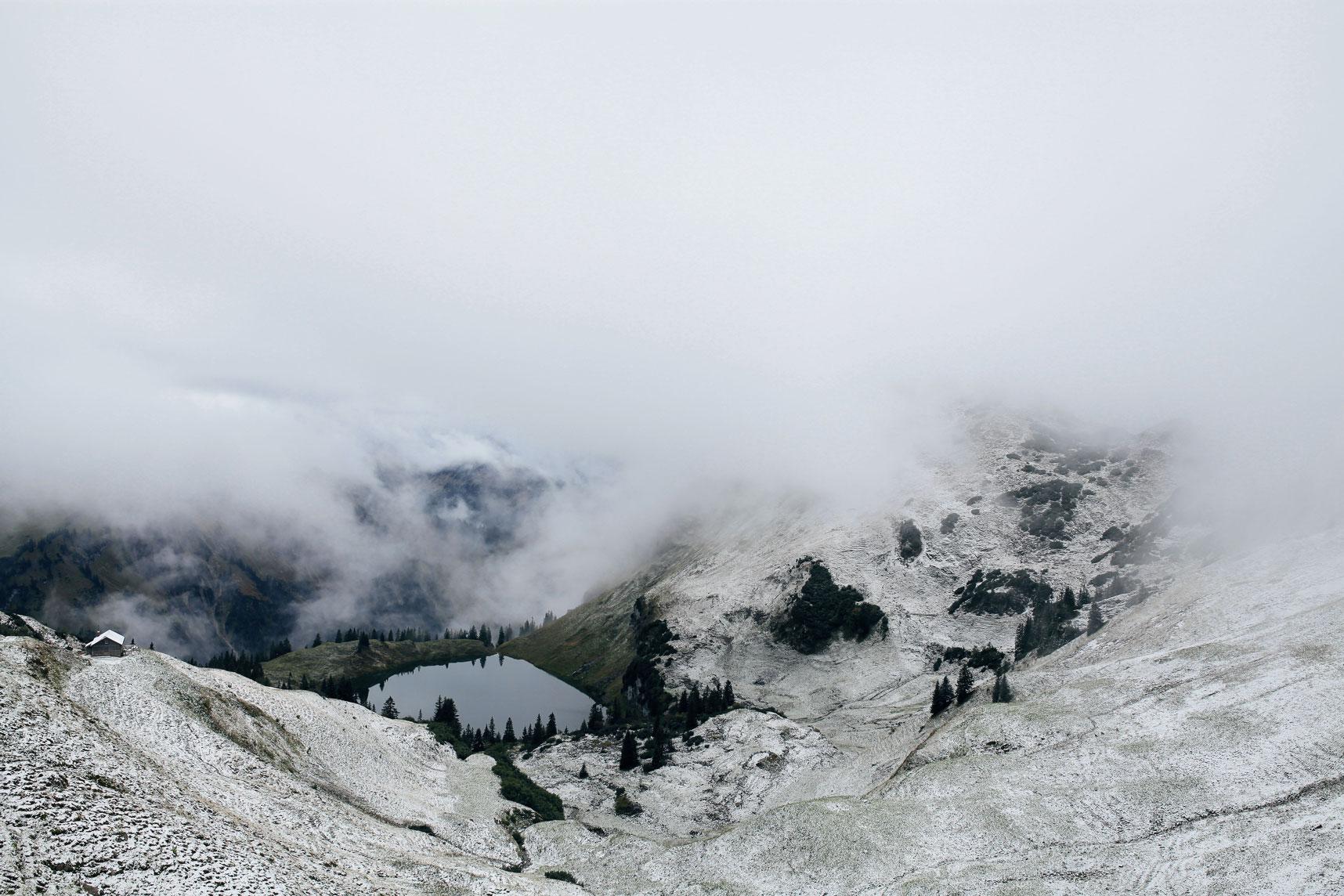 liz-kellerer-munichmountaingirls-winter-schoenste-bergseen-seealpsee