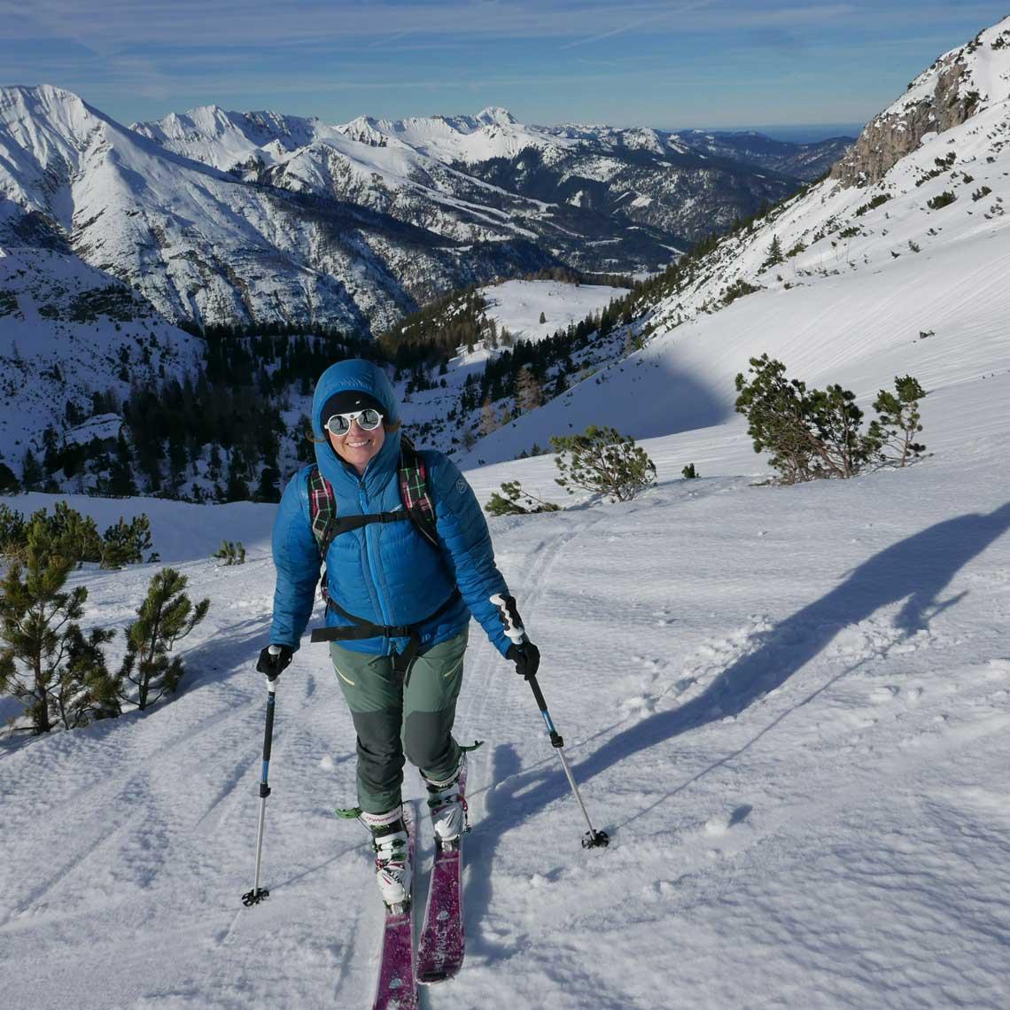 skitour-kotalm-aufstieg-aussicht-munichmountaingirls-tourenbericht-anja-woertge