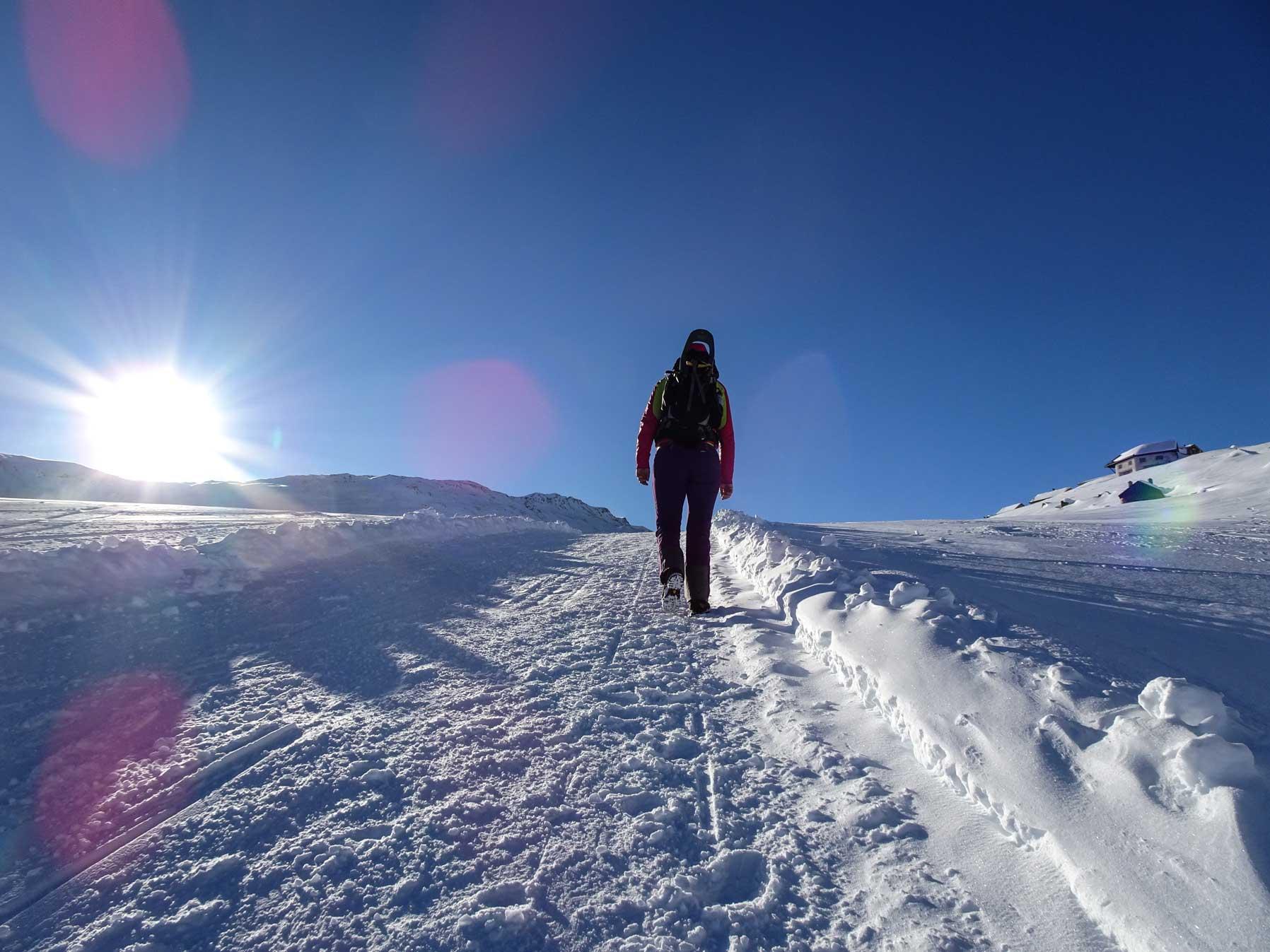 winterwandern-bergfoto-stefanie-ramb-krambeutel-munichmountaingirls