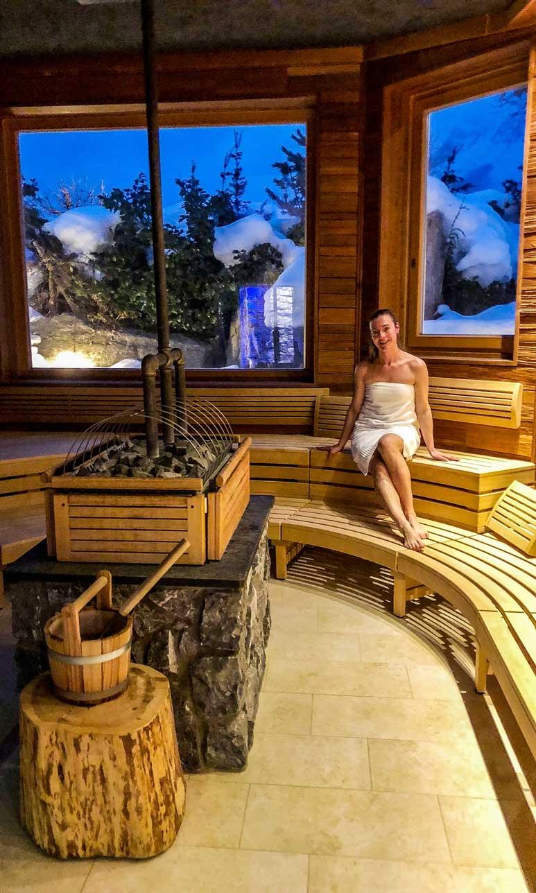 munichmountaingirls-wilder-kaiser-sporthotel-ellmau-sauna