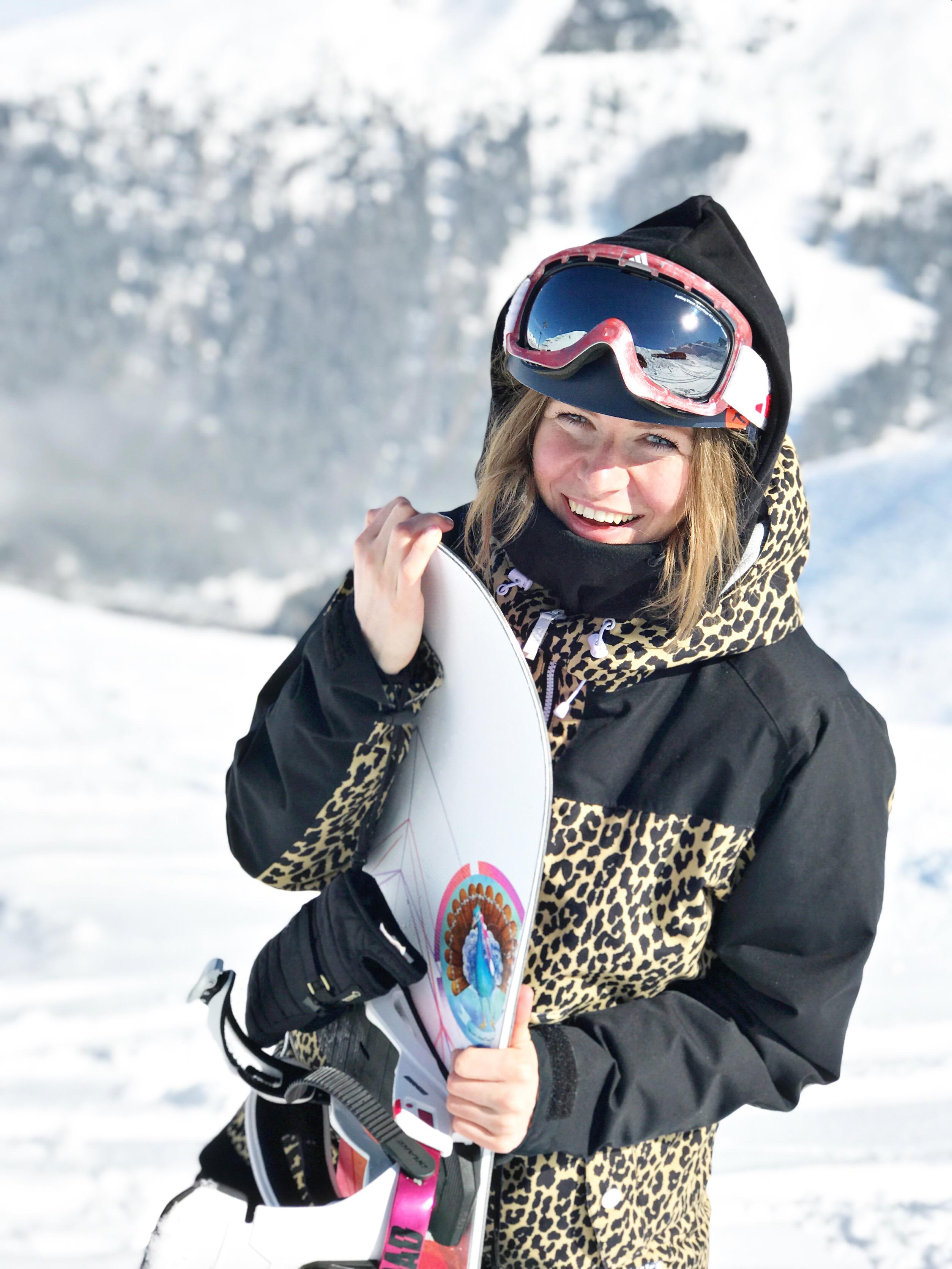 gesa-temmen-munichmountaingirls-snowaborden