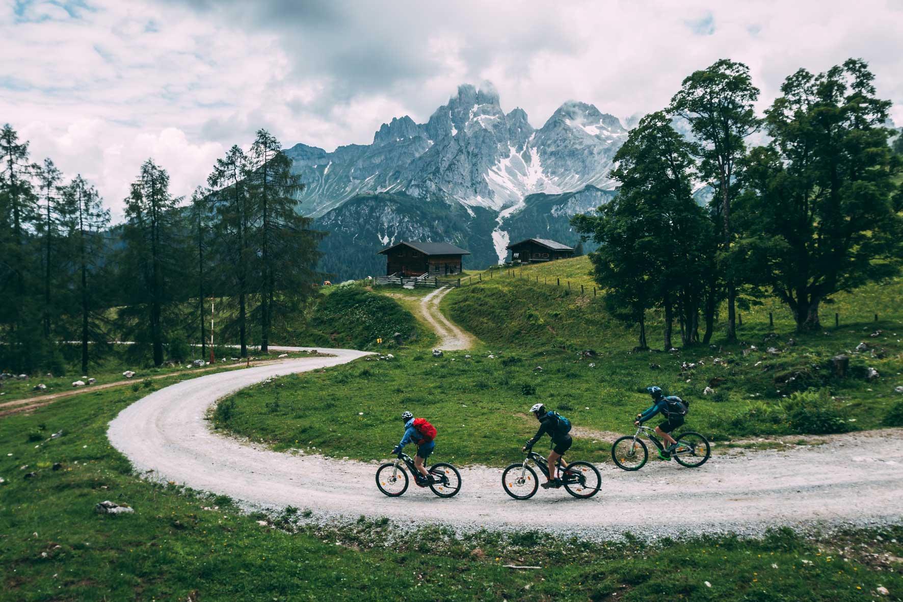 munichmountaingirls-bloghuette-salzburger-sportwelt-mountainbiken