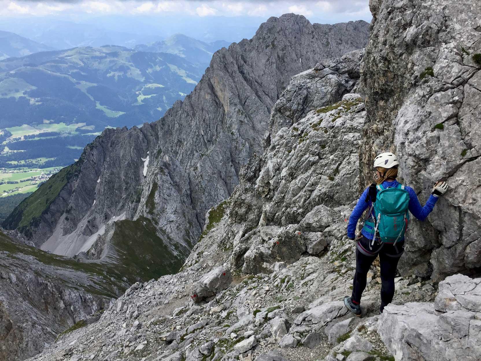 celine-rudolph-ellmauer-halt-abstieg-klettersteig-munichmountaingirls