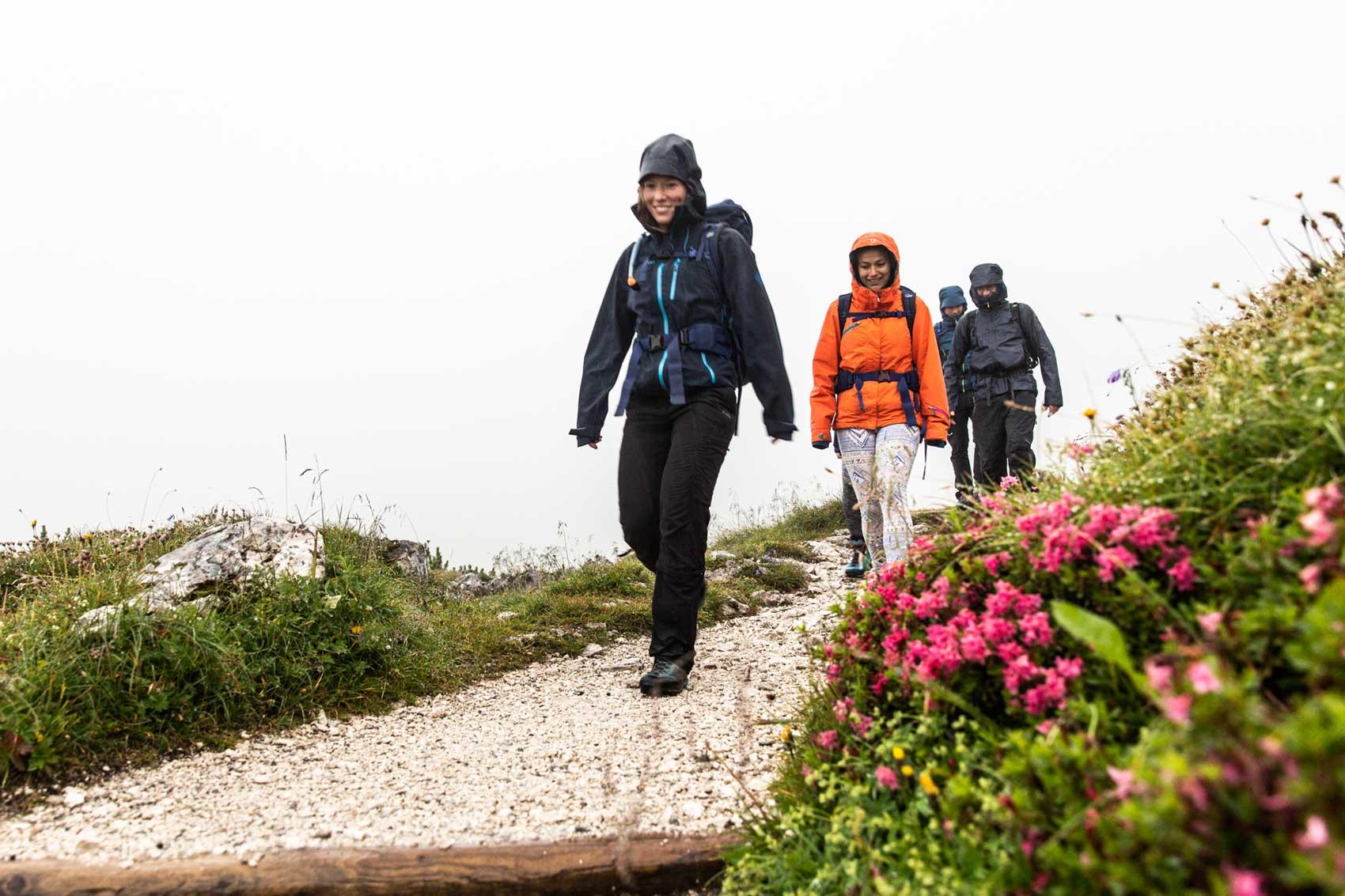 Abstieg-zum-Kreuzeckhaus-munichmountaingirls-bergzeit-alpincamp