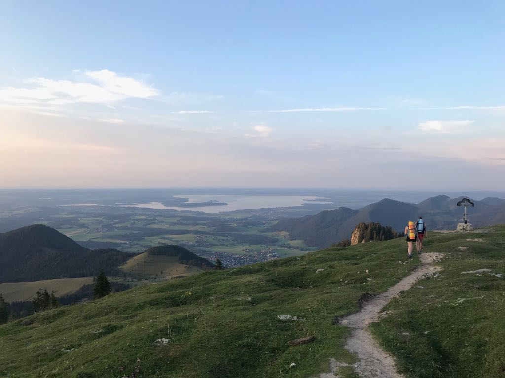 Laubenstein-Wanderung-MunichMountainGirls-min