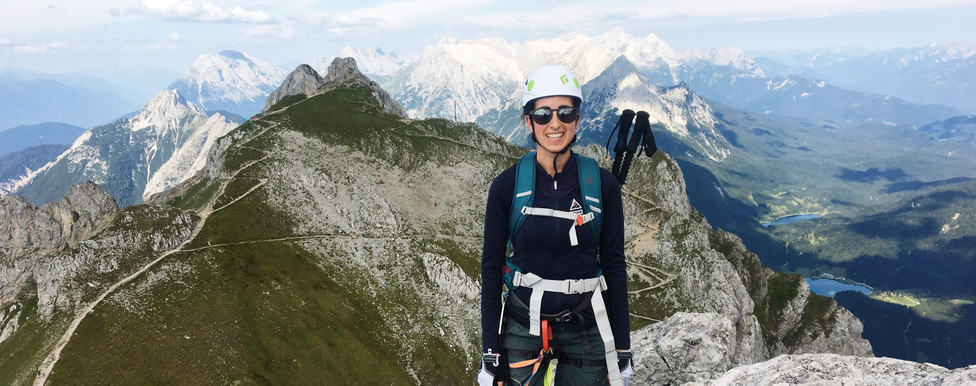 Munich Mountain Girl Eva Beuter in den Bergen