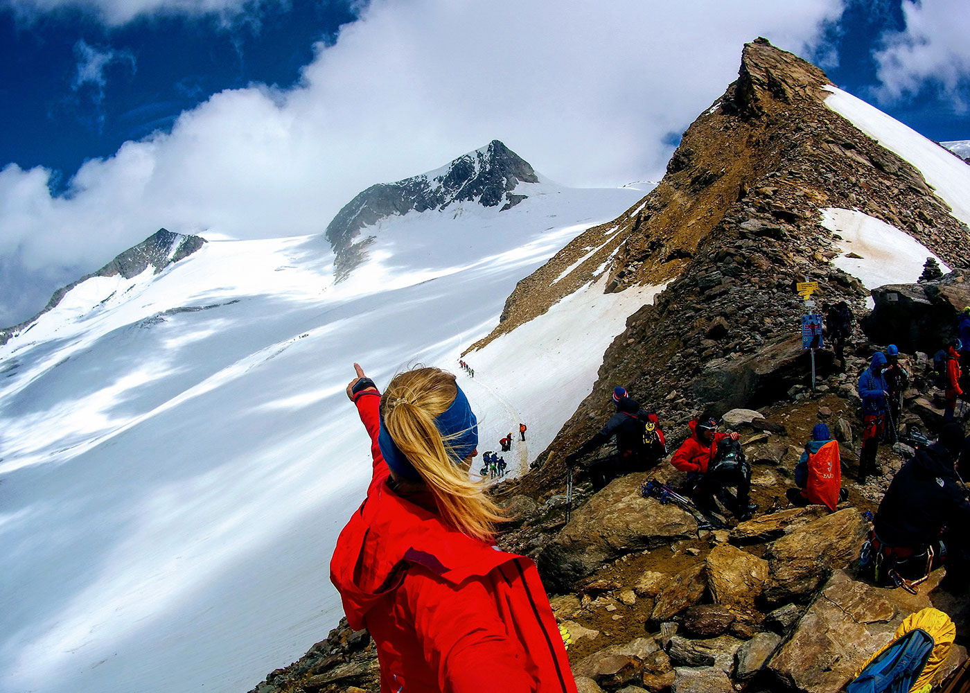Munich Mountain Girl Katharina Steglegger auf der Venedigerkrone