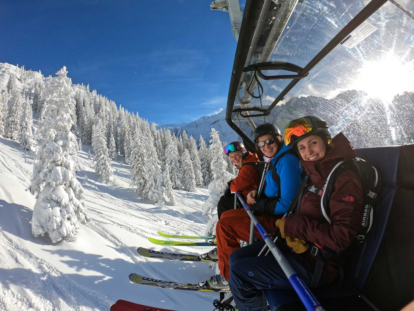 tiroler-zugspitz-arena-ski-fahren-munichmountaingirls