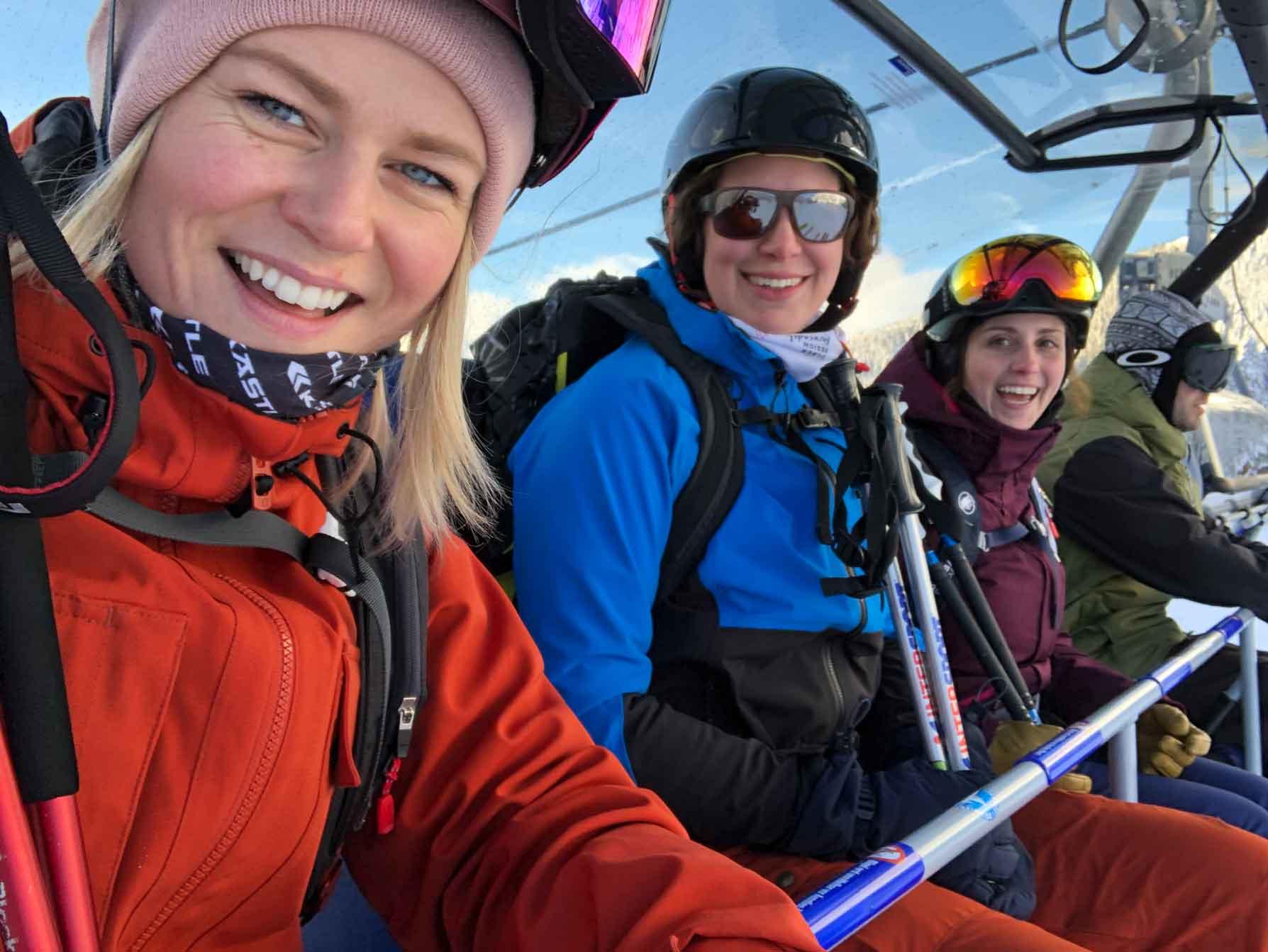 tiroler-zugspitz-arena-skifahren-munichmountaingirls
